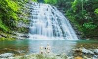三清山玉帘瀑布景区门票预订,100元/人,看山又看水,人生真开心!